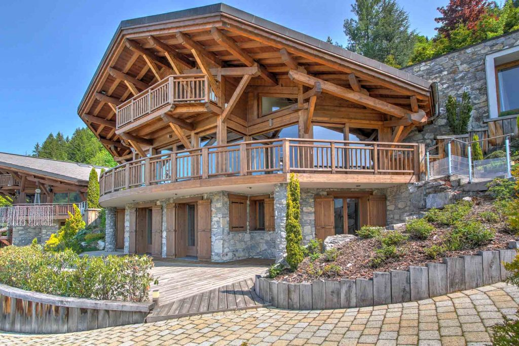 modern Chalet for sale in Morzine