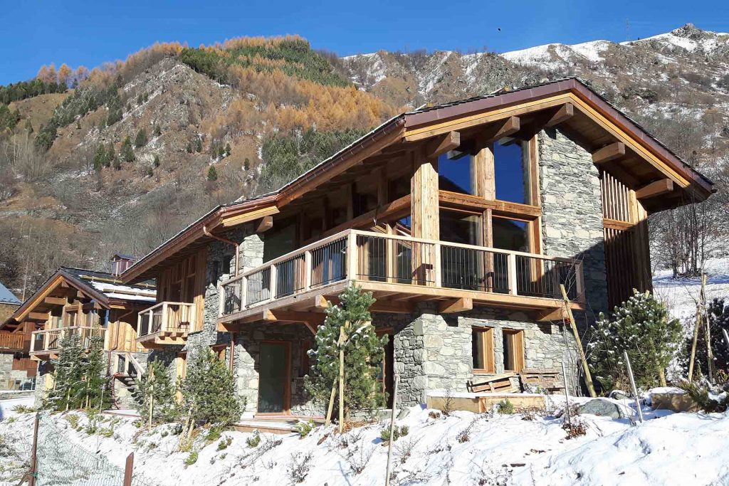 Villarabout Chalet for sale