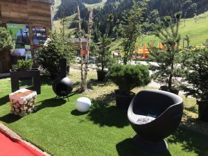 garden alpine furniture