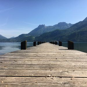 Annecy lake boardwalk